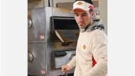 Der Social-Media-Auftritt von Call a Pizza Karriere