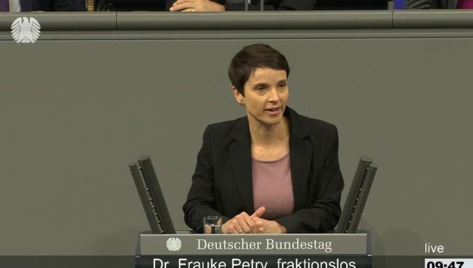 AfD verklagt Ex-Parteichefin Frauke Petry