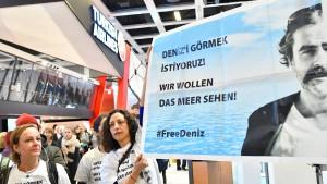 Anwälte Yücels ziehen vor Verfassungsgericht
