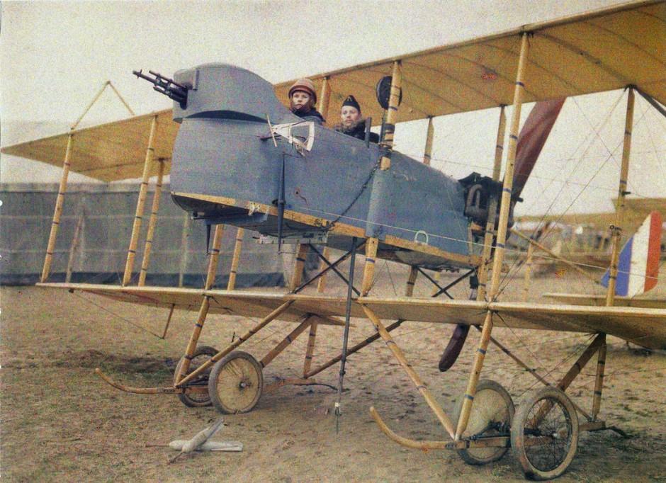 In Doppel- und Dreideckern stürzten sich die Flieger im Ersten Weltkrieg in den Luftkampf.