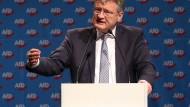 Eine emotionale Erfolgsgeschichte: der AfD-Parteivorsitzende Jörg Meuthen auf dem Bundesparteitag in Hannover