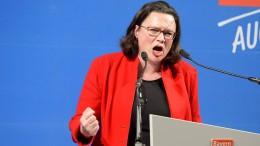 SPD sackt auf Rekordtief von 16 Prozent ab
