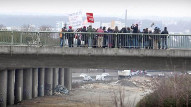 Politiker wollen längeren Lärmdeckel für A 661