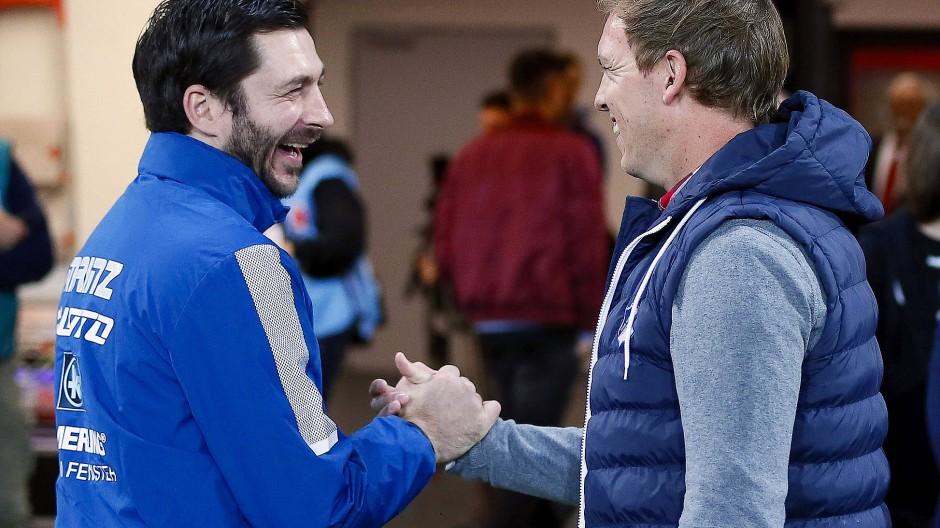Zwei, die sich mögen: Der Mainzer Trainer Sandro Schwarz und Julian Nagelsmann von der TSG Hoffenheim (rechts)