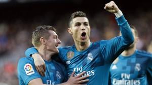 Paris besiegt Montpellier, Real gewinnt in Valencia