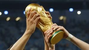 Der deutsche Fußball im Abseits?