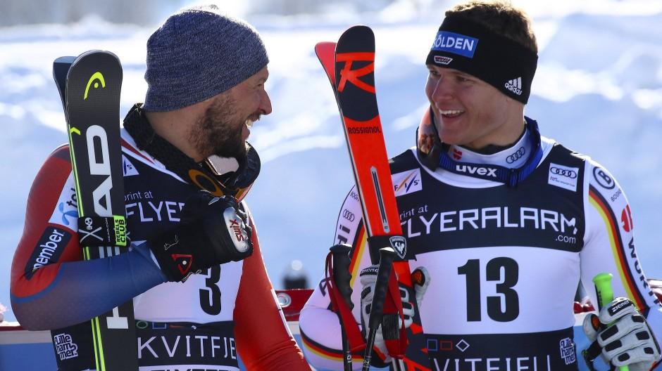 Der neue Siegfahrer und sein Vorbild, auch menschlich: Thomas Dreßen mit Aksel Lund Svindal (links)