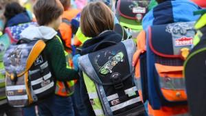 Hessen bei Unterricht für Grundschüler weit hinten