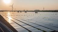 Gute Aussichten für Grünstromerzeuger: Noch nie waren so viele Windkraftwerke und Photovoltaikanlagen am Netz wie im vergangenen Jahr.