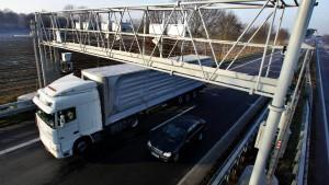 Steigt Daimler bei Toll Collect aus?