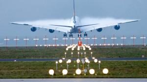 Billiges Kerosin hilft Lufthansa