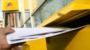 Post darf Briefe teurer machen