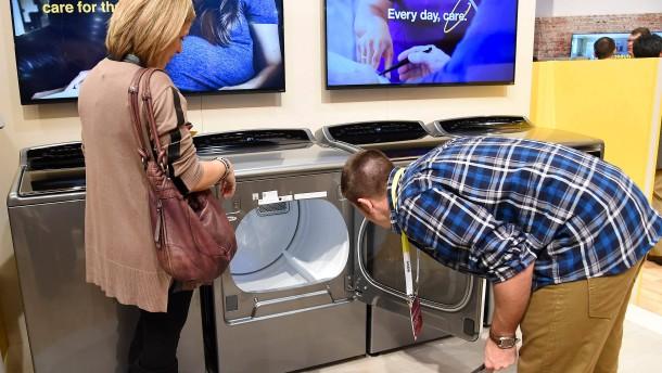 streitfall waschmaschine warum america first teuer werden k nnte wirtschaft faz. Black Bedroom Furniture Sets. Home Design Ideas