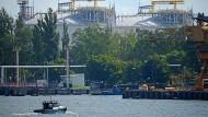 Hier landet die Pipeline an: Flüssiggas-Terminal im polnischen Swinemünde.