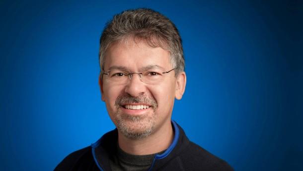 John Giannandrea: Apple angelt sich den KI-Chef von Google