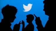 Twitter prüft derzeit vermehrt verdächtige Konto-Aktivitäten.