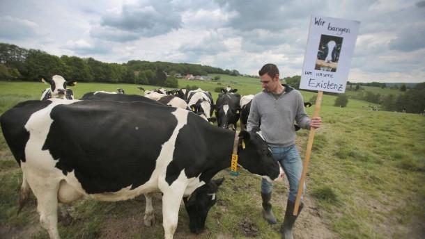 Ist Gabriel mitschuldig an Milchpreiskrise?