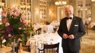 Der Kunde kann kommen: Restaurantleiter Philippe Fort verwöhnte fast 40 Jahre seine Gäste im Hessischen Hof in Frankfurt - viele der von ihm ausgebildeten Leute wurden abgeworben.