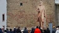 Auf Probe: ein Modell des künftigen Denkmals in Trier.