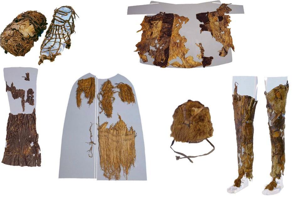 Ötzis Kleidung stammte von fünf Tierarten: Die Mütze war aus dem Fell eines Braunbären gefertigt. Der Mantel und die Beinkleider bestehen aus mindestens sechs verschiedenen Fellkombinationen von Schaf und Ziege. Der viereckige Lendenschurz wurde aus dunklem Schafspelz angefertigt, die Schnürsenkel hingegen aus Rinderfell.