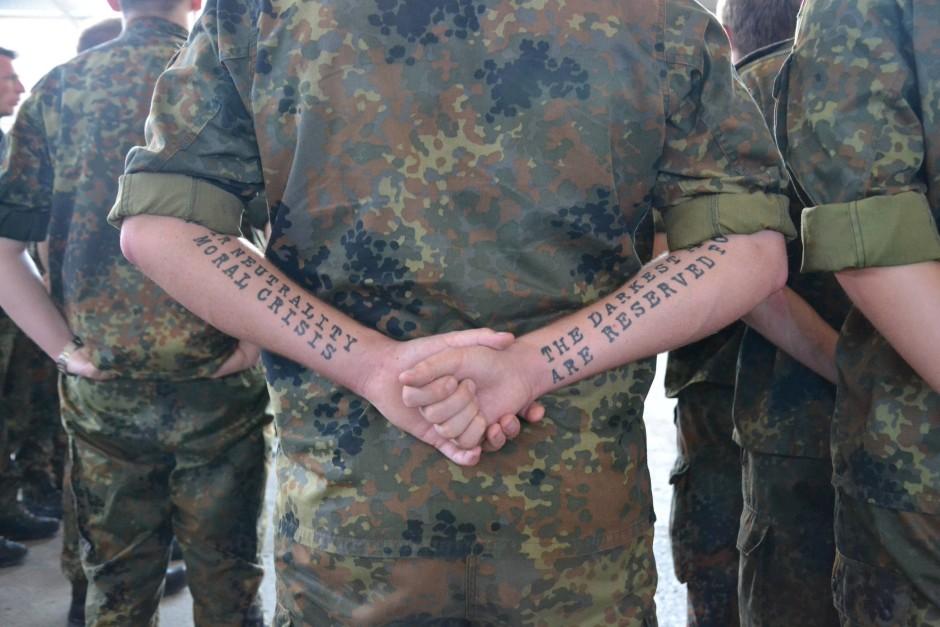 bundeswehr stilfibel soldaten sind gleich soldatinnen gleicher