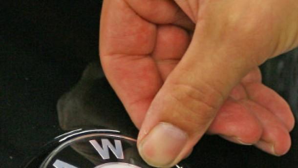 BMW baut 8100 Stellen ab